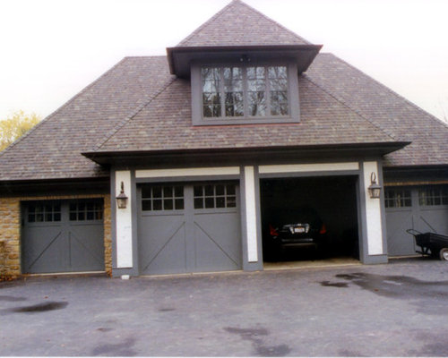 Arts and crafts traditional exterior home design ideas for Arts and crafts garage