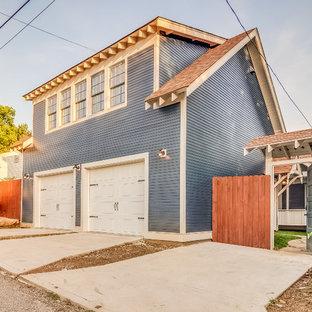 Idéer för mellanstora amerikanska fristående tvåbils garager och förråd