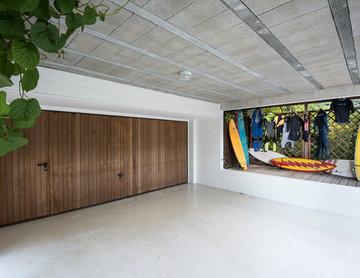 Garage dans une maison au bord de mer