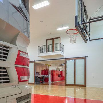 Garage Enthusiasts Dream