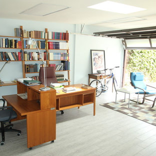 Inspiration for a mid-sized contemporary detached two-car garage workshop remodel in Los Angeles