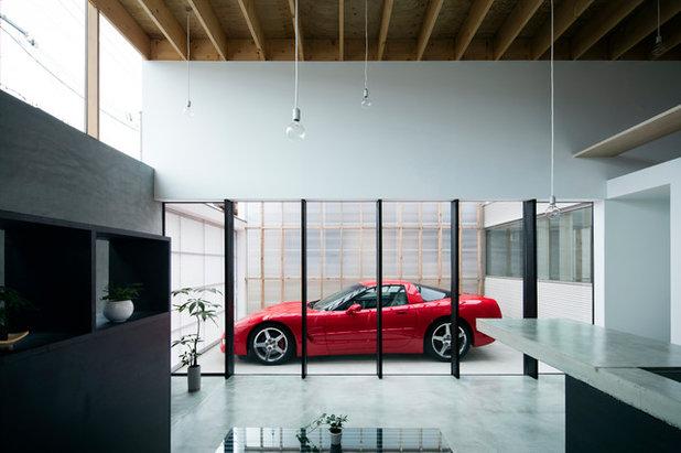 Minimalistisch Garage by Yoshi Architects