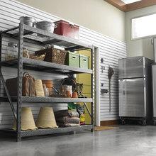 Operazione Garage Ordinato: 9 Sistemi per Appendere Tutto