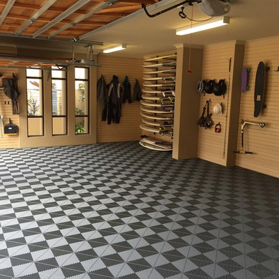 Huge urban attached three-car garage workshop photo in Perth