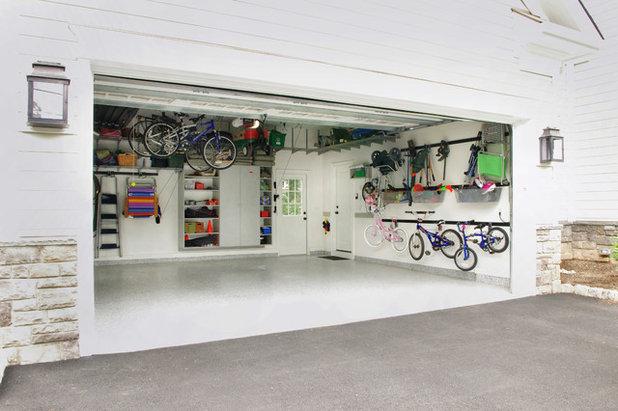コンテンポラリー ガレージ by Rylex Custom Cabinetry and Closets