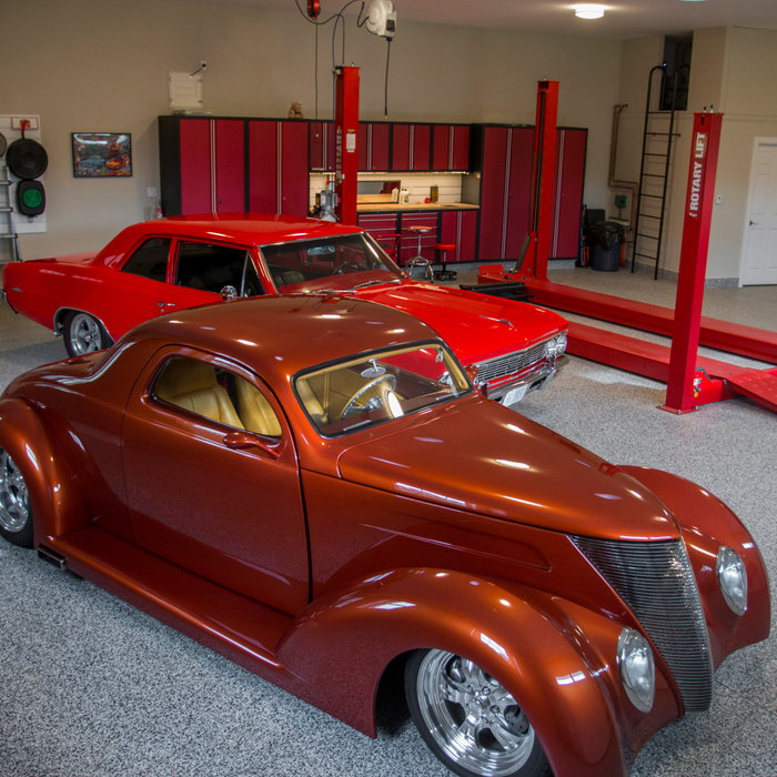 Classic Car Garage- Gerrie North