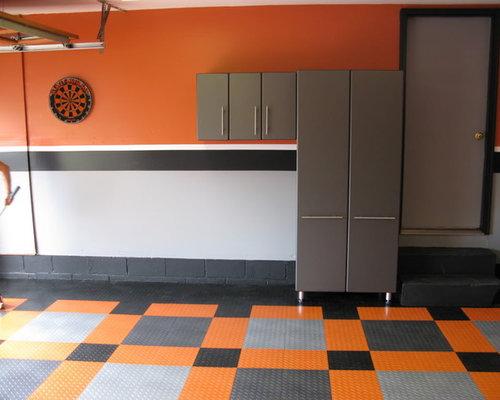 Harley davidson garage houzz for Decoration maison harley davidson
