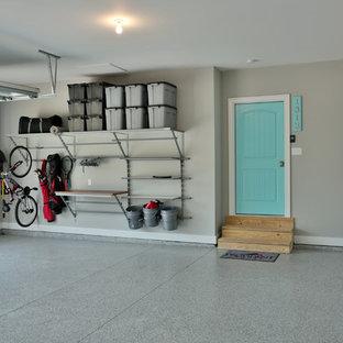 Inspiration för en tillbyggd garage och förråd
