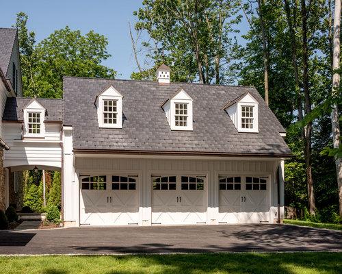 Garage und gartenhaus mit berdachter auffahrt in - Gartenhaus maritim einrichten ...