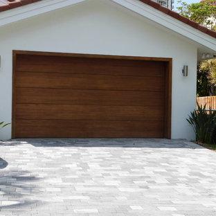 Idée de décoration pour un garage minimaliste.