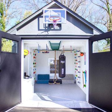 Karri's Garage - New York