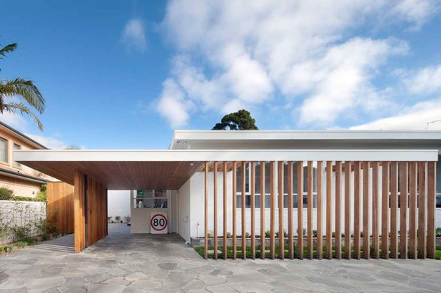 Midcentury Garage by Eco Outdoor AUS