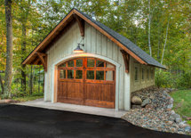 Who makes the garage doors ?