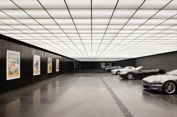 Klassisch Garage by Easton.
