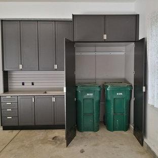 Новые идеи обустройства дома: большой гараж в стиле лофт с мастерской