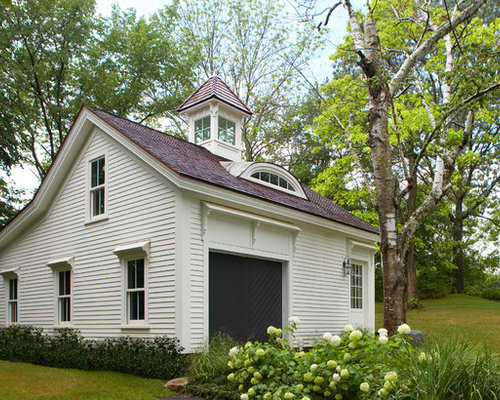Saltbox roof houzz for Saltbox garage