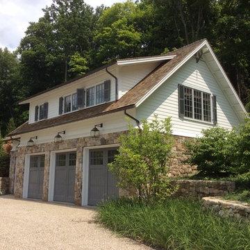 Litchfield Ct, Lake House