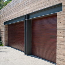 Contemporary Garage And Shed by Kirkpatrick Architects