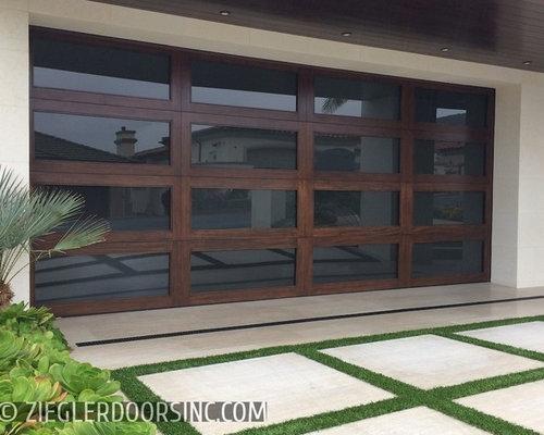 Los Angeles Modern Garage Door And Matching Entry Door