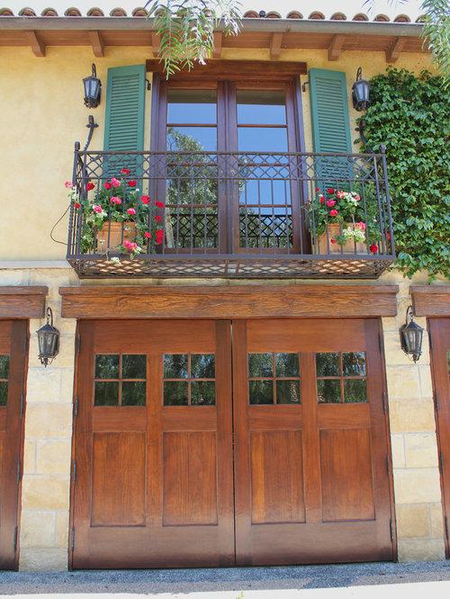 Mediterranean balcony exterior design ideas remodels photos for Mediterranean balcony ideas