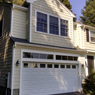 Example of a classic garage design in Boston