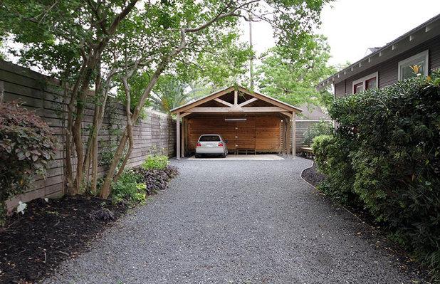 Classique Garage by Kaleidoscope Design Build, LLC