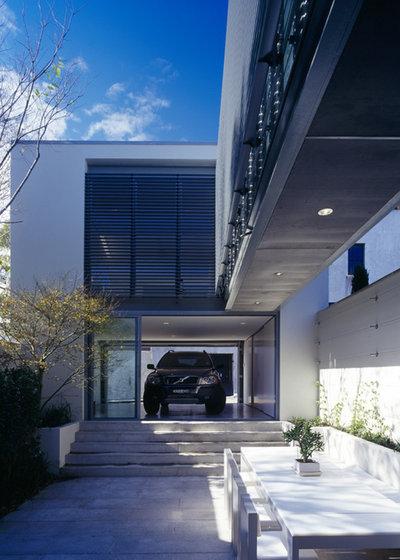 Modern Garage Modern Garage