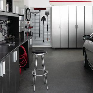 Inspiration pour un garage pour une voiture minimaliste de taille moyenne.