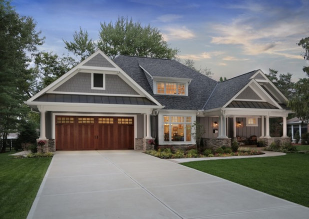 Transitional Garage by Clopay