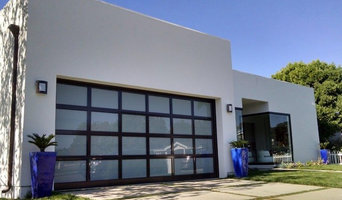 Newport Beach Modern Garage Door