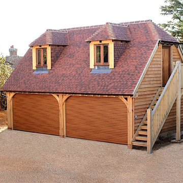 Oak framed garage with guest accommodation above