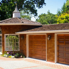 Traditional Garage And Shed by Diamond Construction Inc.