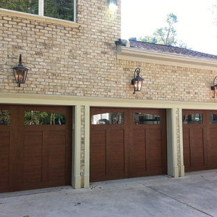 Large elegant attached three-car carport photo in Raleigh