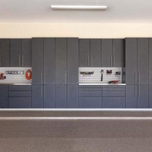 Exempel på ett mellanstort modernt tillbyggt kontor, studio eller verkstad