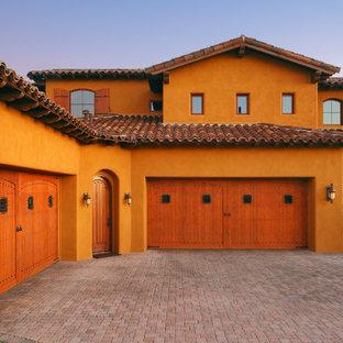 Inspiration pour un grand garage attenant sud-ouest américain.