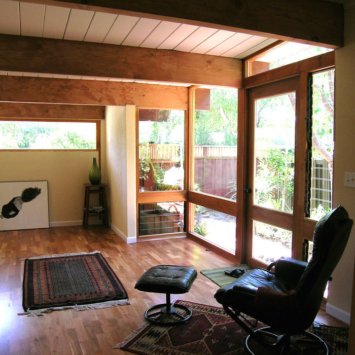 Palo Alto Eichler Garage Reuse