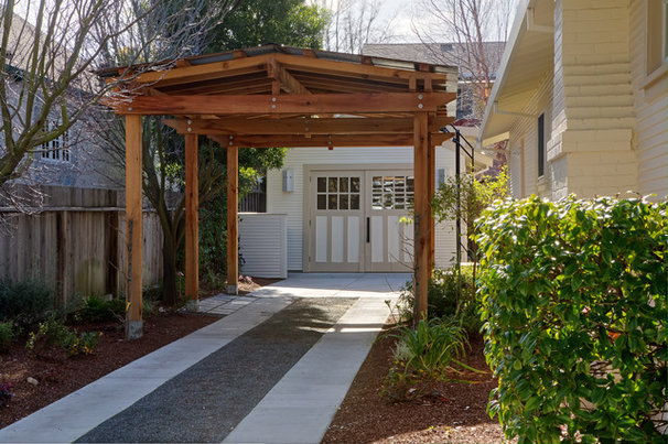 Traditional Garage And Shed by Mascheroni Construction