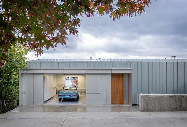 Minimalistisch Garage by Heliotrope Architects