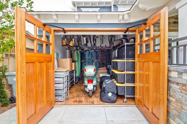 Clásico Garaje by Jackson Design & Remodeling
