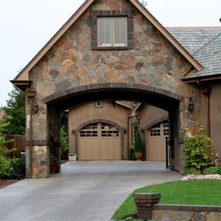 Example of a classic porte cochere design in Portland