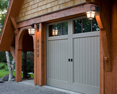 Carriage style doors home design ideas renovations photos for Arts and crafts garage