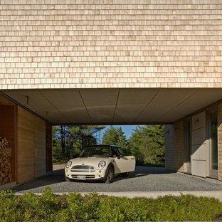 Moderne Garage mit überdachter Auffahrt in Sonstige