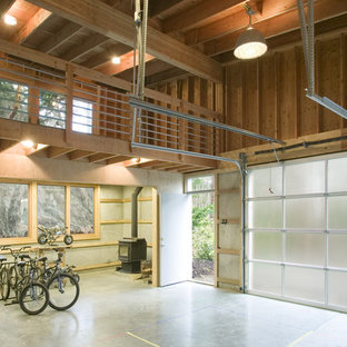 This is an example of a contemporary single garage in Seattle.