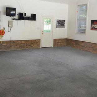 Foto på en amerikansk garage och förråd
