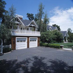 Immagine di garage e rimesse stile americano