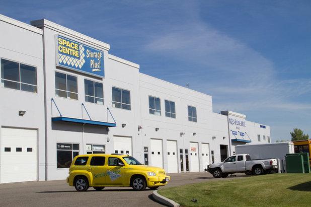 Industrial Garage by Space Centre Storage