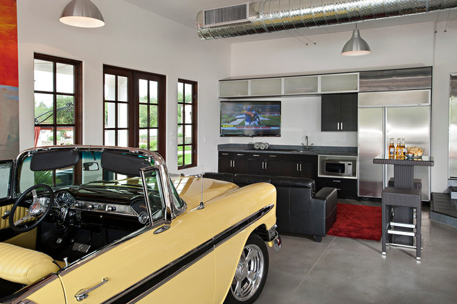 Contemporary Garage And Shed by Matthew Thomas Architecture, LLC