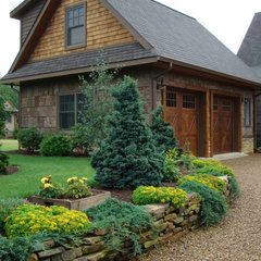traditional garage and shed by Abby Design and Construction
