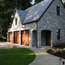 Traditional Garage And Shed by Duket Architects Planners