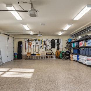Esempio di garage e rimesse industriali
